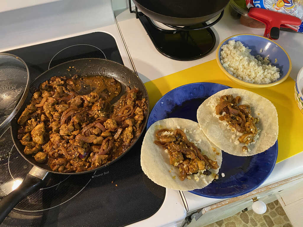 Chicken curry taco filling